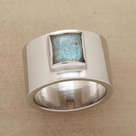 FAIR AND SQUARE LABRADORITE RING