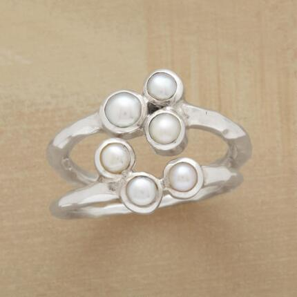 PAIR OF PEARL RINGS S/2