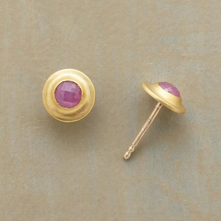 PETITE RUBY PLATTER EARRINGS
