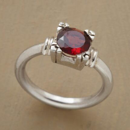 GARNET TURRET RING