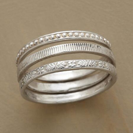 FRIEZE RING TRIO