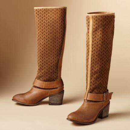VICTOIRE PERFED BOOTS