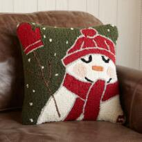 MITTENED SNOWMAN PILLOW