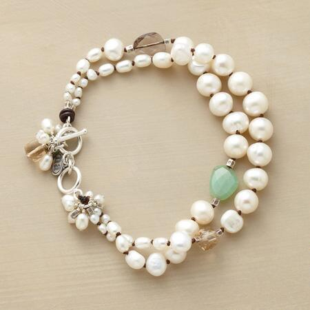 PRIMARILY PEARLS BRACELET
