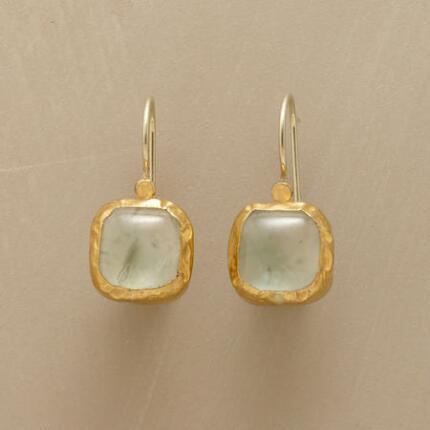 PREHNITE PILLOW EARRINGS