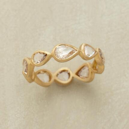 DIAMOND DROPLETS RING