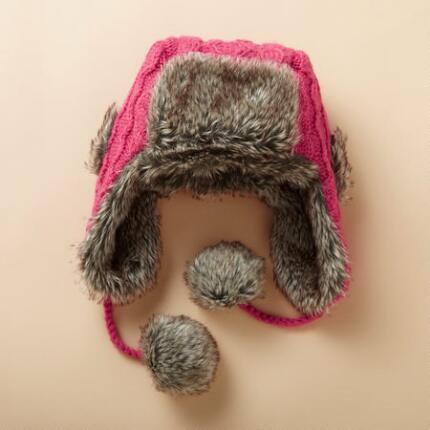 KATARINA CABLED TRAPPER HAT