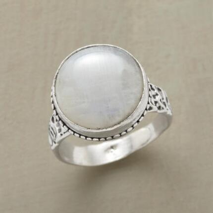 HIGH MOON RING