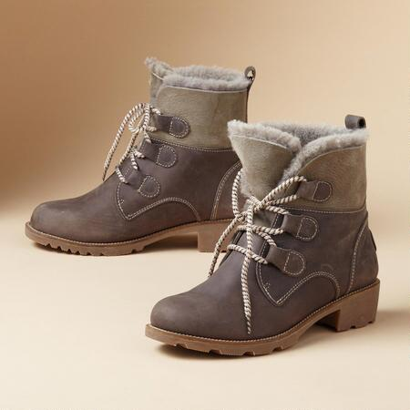 PRESTON LACED BOOTS