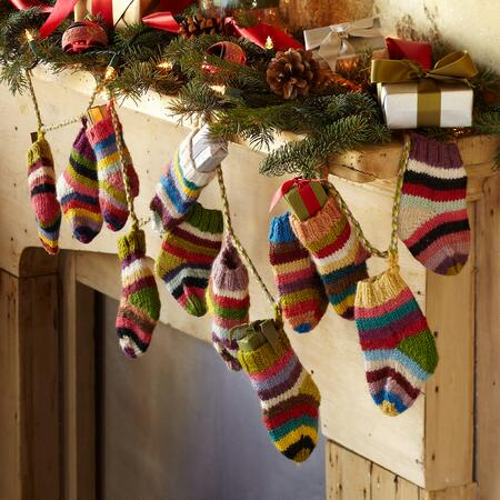 STRIPED SOCK GARLAND
