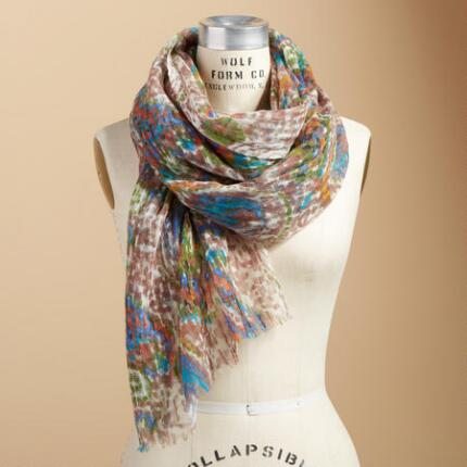WINTER BLOOMS SCARF