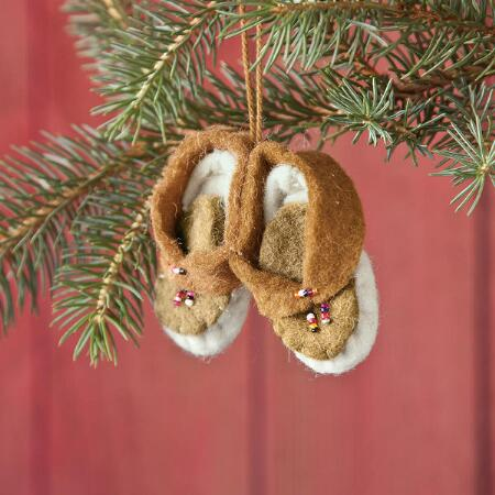 BEADED MOCCASINS ORNAMENT