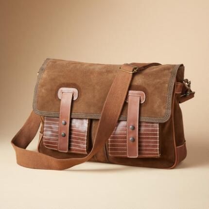OUTPOST MESSENGER BAG