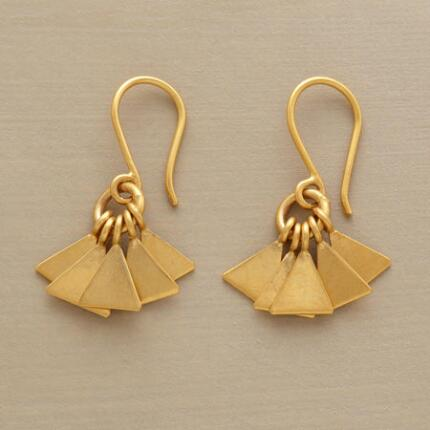 GOLDEN FANFARE EARRINGS