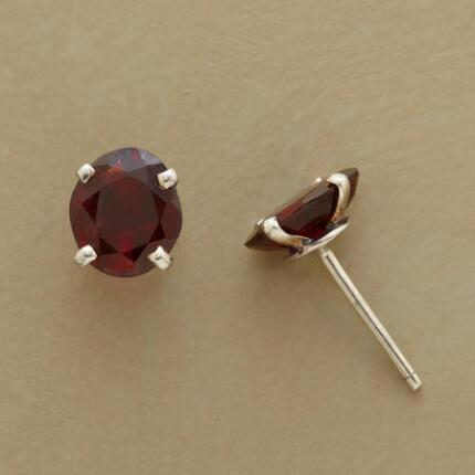 GARNET POST EARRINGS