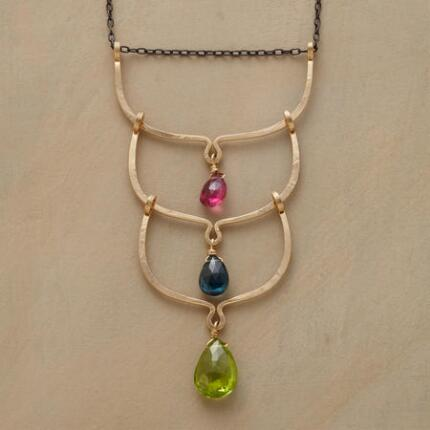 THREE ARCS NECKLACE