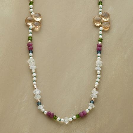 TREFOIL NECKLACE