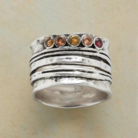 RIVULETS RING