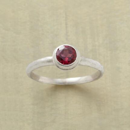 FIERY DEPTHS GARNET RING