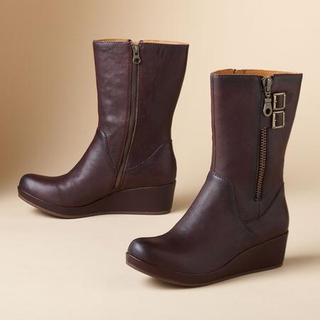 KIKI WEDGE BOOTS