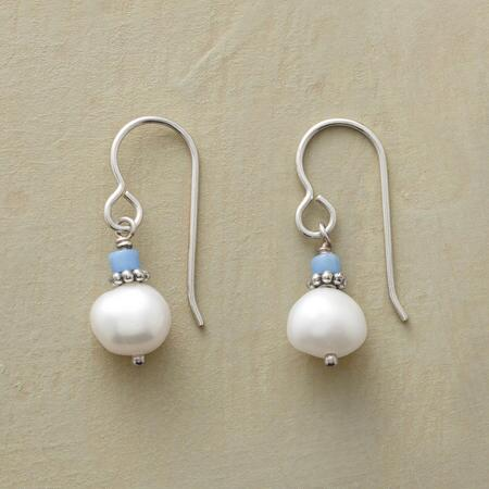 BLUE CHIP PEARL EARRINGS