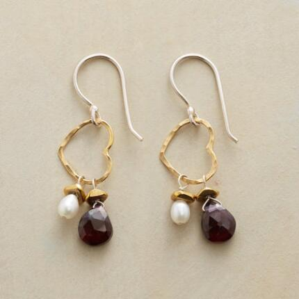 HEART SWING EARRINGS