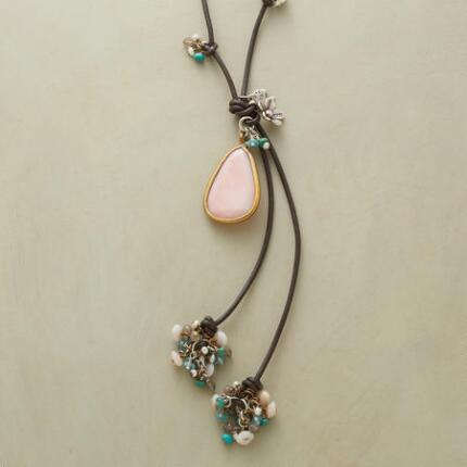 CENTER STAGE NECKLACE