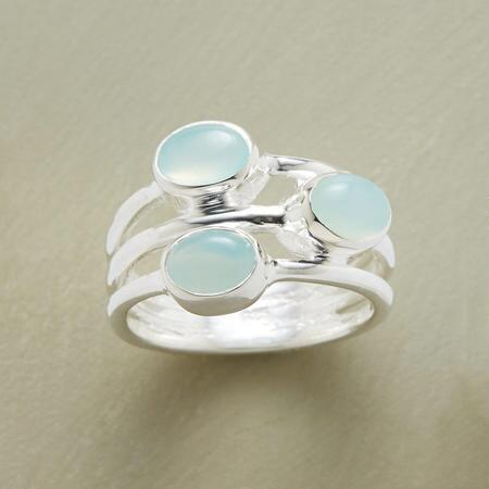 This fused gemstone ring is three-of-a-kind in one, bringing threefold the elegance to your look.