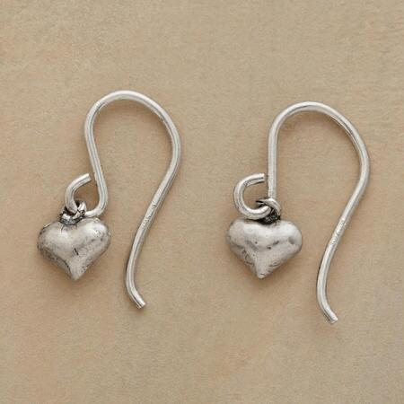 TENDER HEARTS EARRINGS