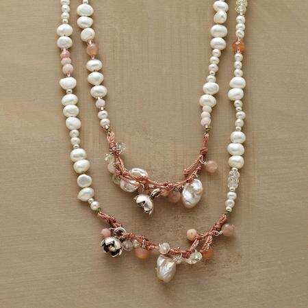 PEACHES AND PEARLS NECKLACE