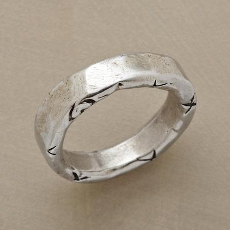 WAVES OF LOVE RING