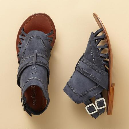 INTREPID TRAVELER SANDAL