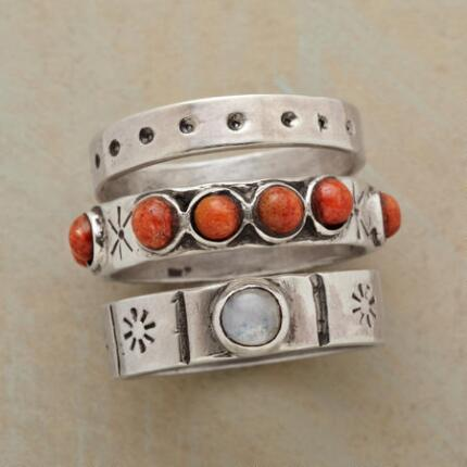 APPLE CORAL STACK RINGS