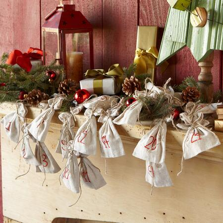 LINEN ADVENT GARLAND