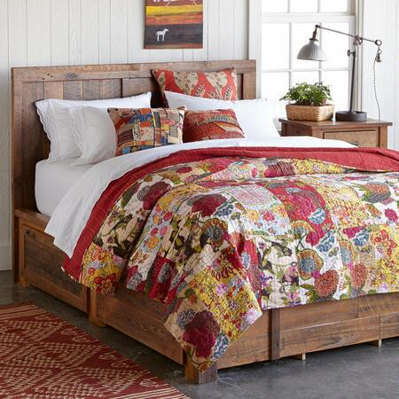 GLOBAL GARDENS LIGHTWEIGHT QUILT