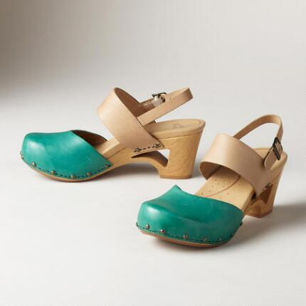 THEA CLOGS