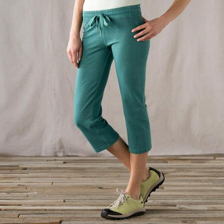 EVERYDAY FLEECE CROPPED PANTS