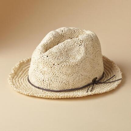DAISY CROWN HAT