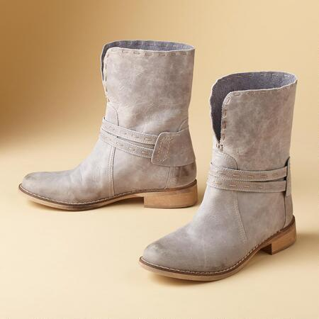VAL ANKLE BOOTS