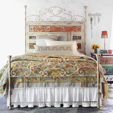 VILLA GATE BED
