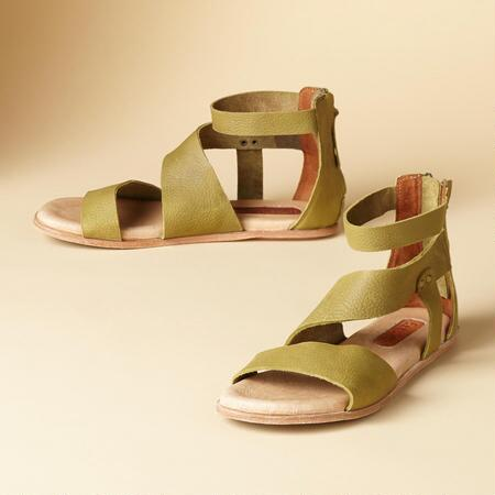 COOL CUSHION SANDALS