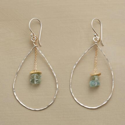 DANCING DROPLETS EARRINGS