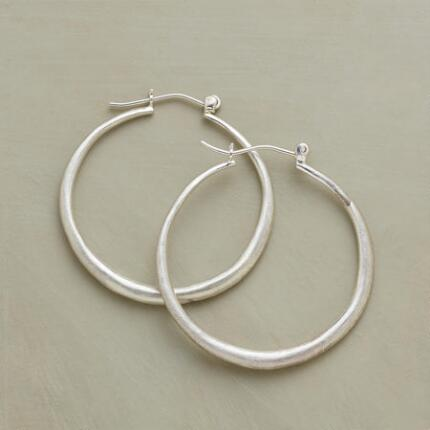 CRESCENT SLIVER HOOPS