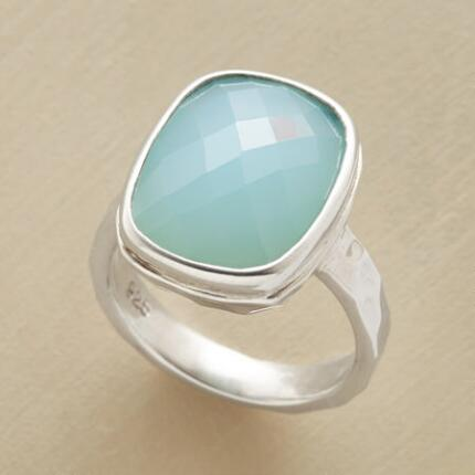 With cool charm, this blue-green chalcedony ring will give your look a fresh perspective.