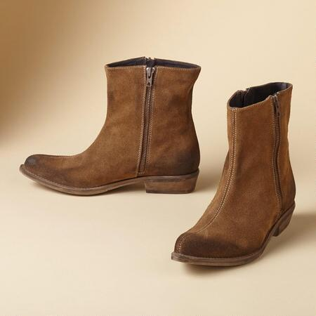 Chic meets rustic in these short suede boots, the perfect match for so many looks.
