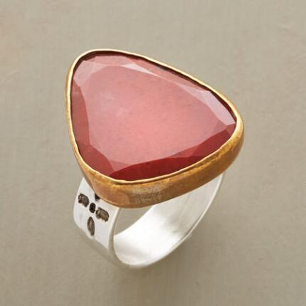 The unique shape and rich tones of this red jasper & silver ring make an eye-catching statement.