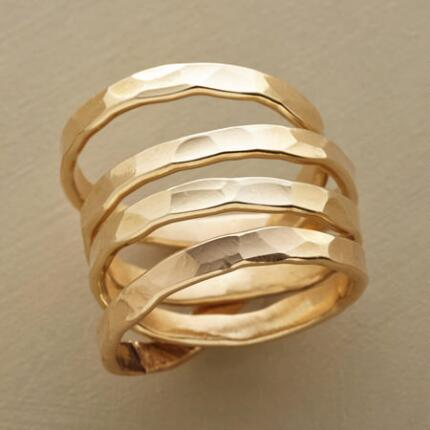 Send your outfit into orbit with this gorgeous 14KT gold Saturn ring.