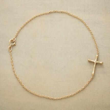 GOLD CHERISHED CROSS BRACELET