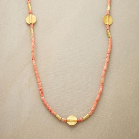 CORAL HEISHI NECKLACE