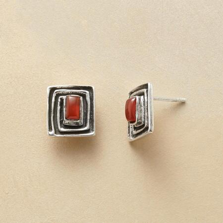 RED ONYX MAZE EARRINGS